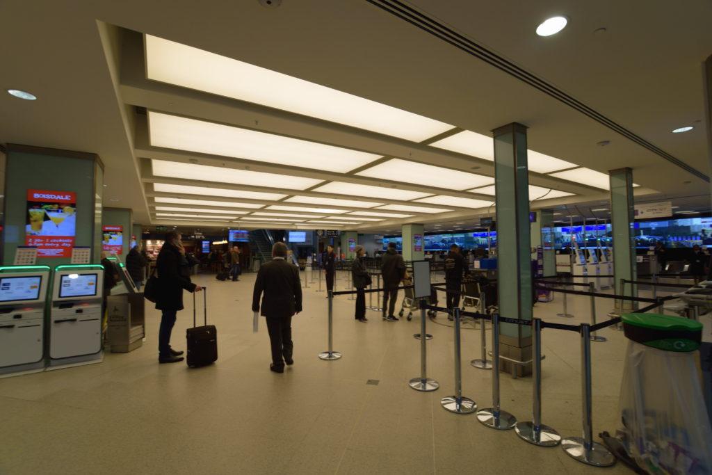 ロンドンシティ空港のロビー