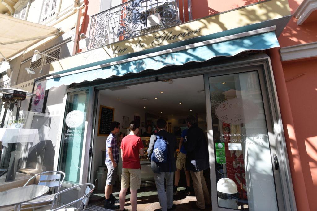 モナコのジェラート店