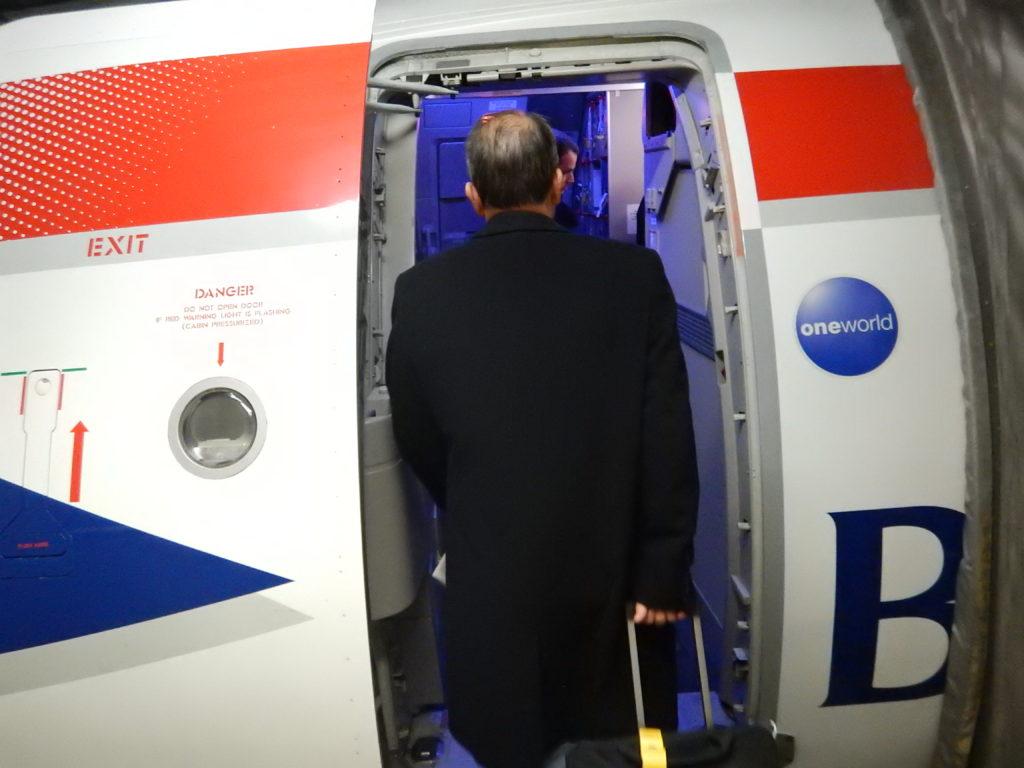 機体への乗り込み口