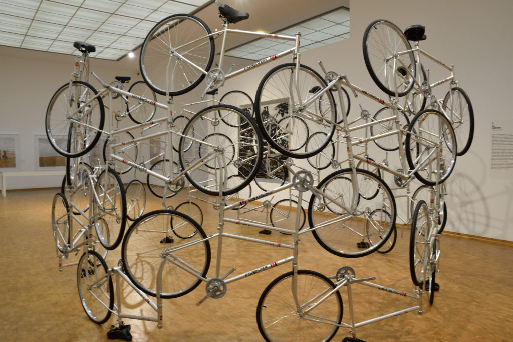 自転車を使った現代アート