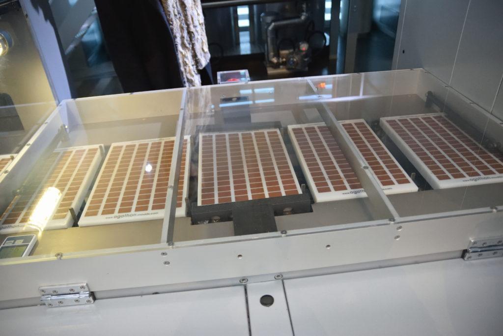チョコレートを成形する型