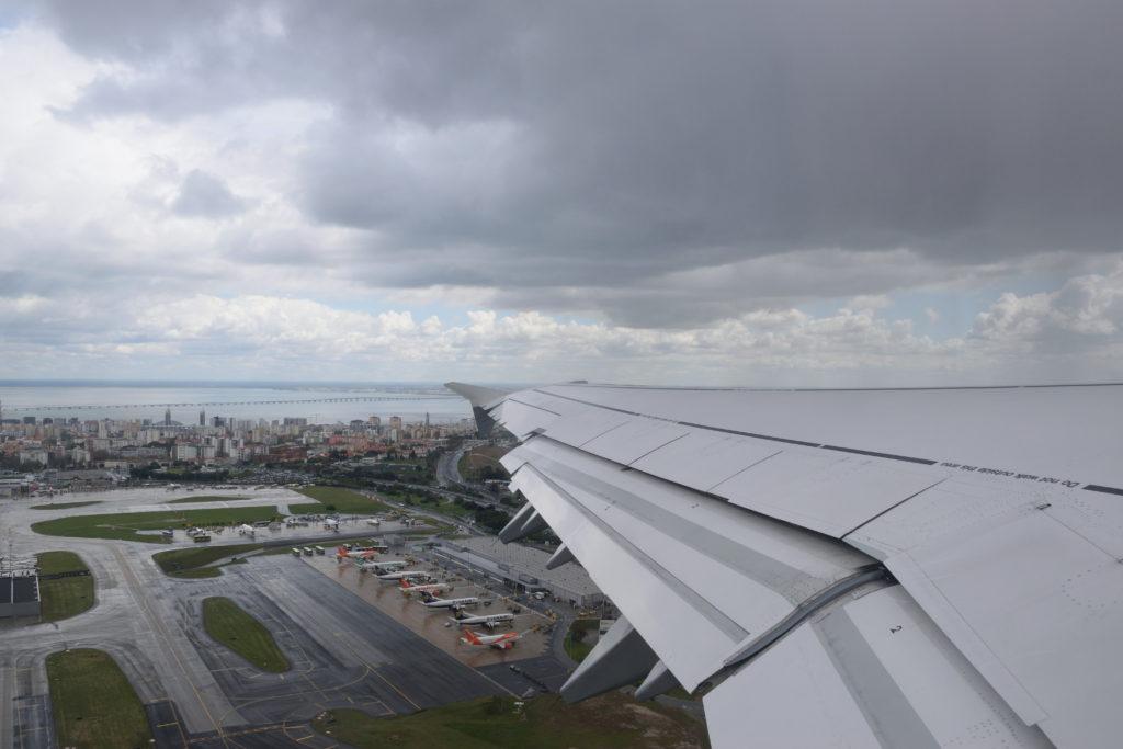ポルテラ空港から離陸