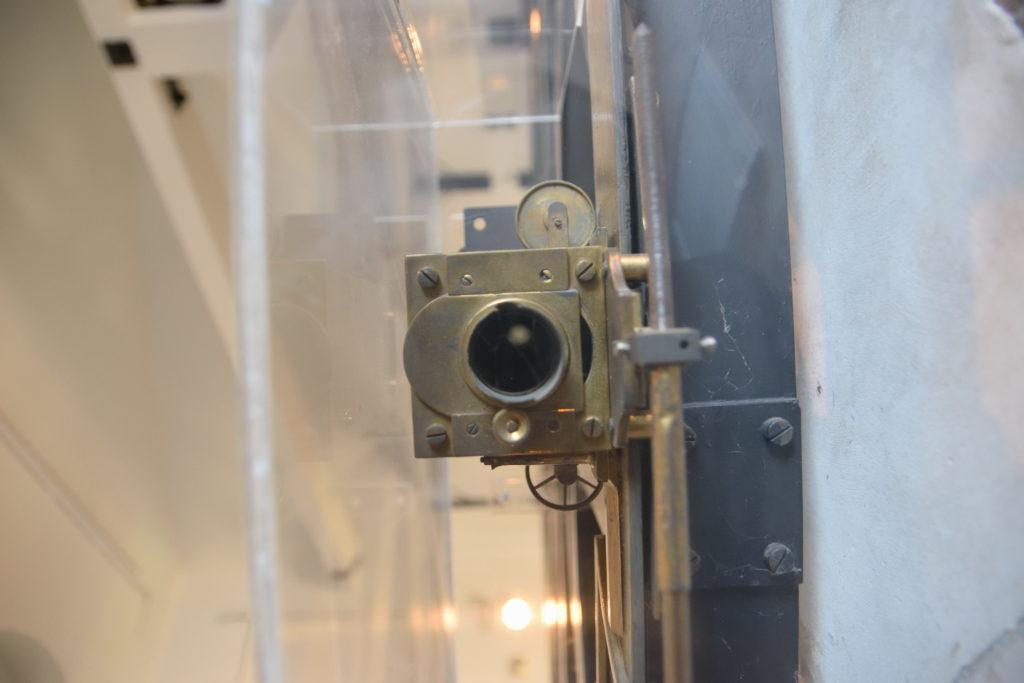 望遠鏡の覗き口