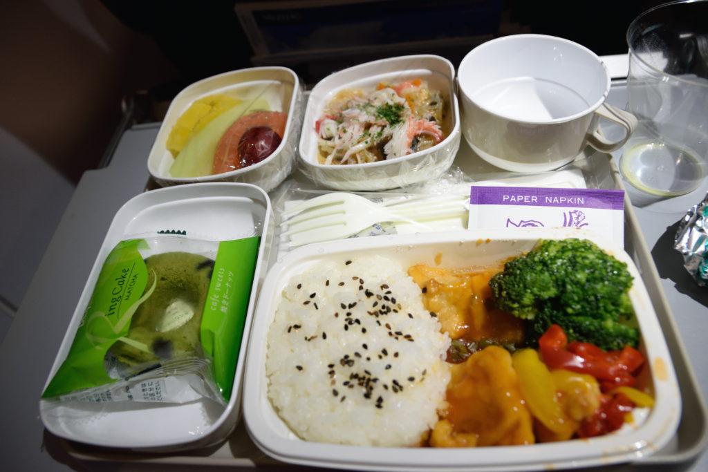 エア・チャイナ、羽田→北京便の機内食