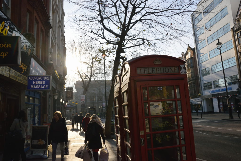 朝のロンドン