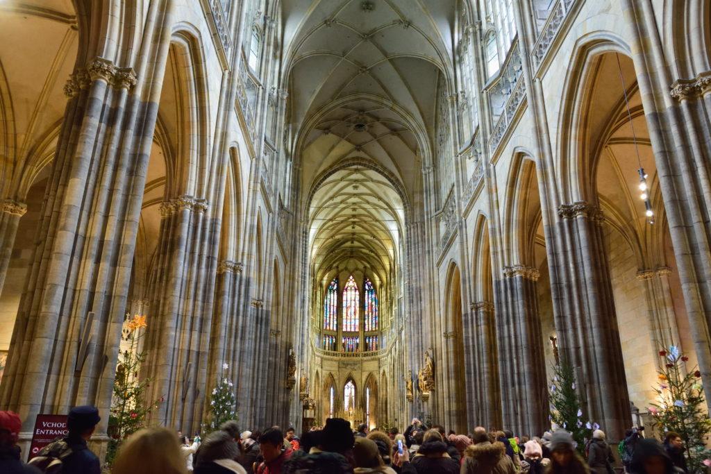 プラハの大聖堂の内装