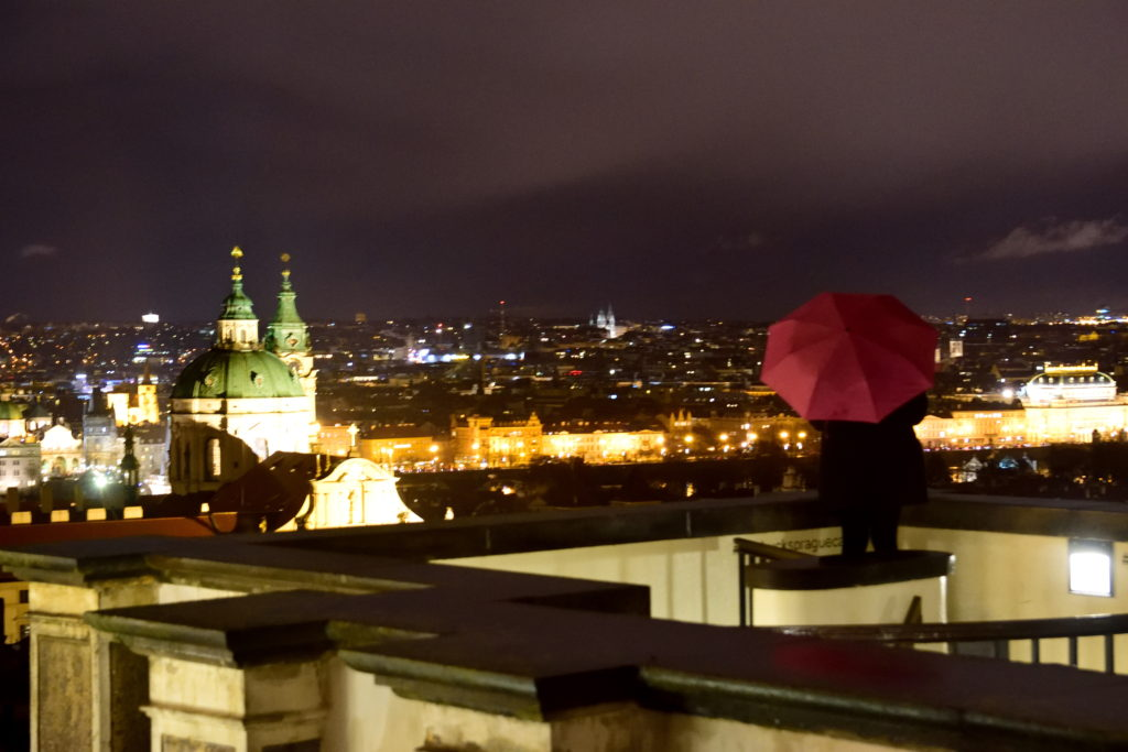 プラハの街の夜景
