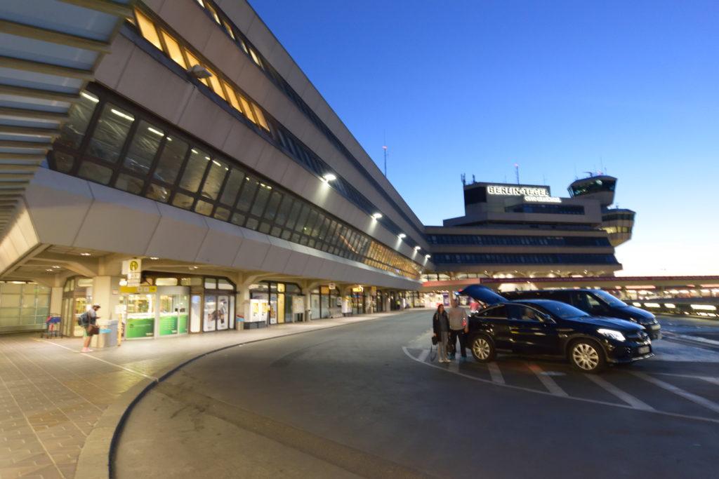 朝のベルリンテーゲル空港