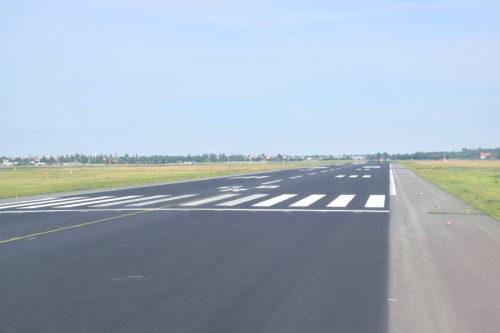 ベルリンテーゲル空港の08R滑走路端