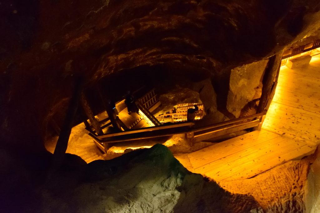 ヴィエリチカ岩塩坑内の階段