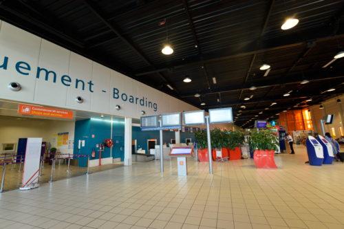 シャルル・ド・ゴール空港ターミナル2Gの保安区域外