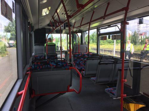 バスの車内の様子