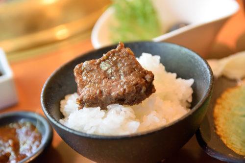 ご飯と焼き肉