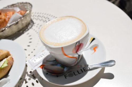 パリのカフェオレ