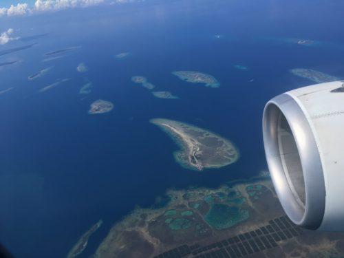 フィリピン上空からの機窓
