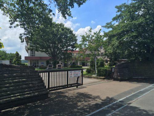 旧足利西高校の正門