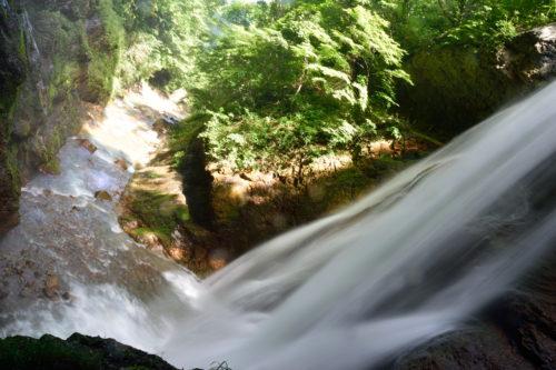 雷滝の滝壺