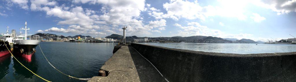 旭町防波堤灯台
